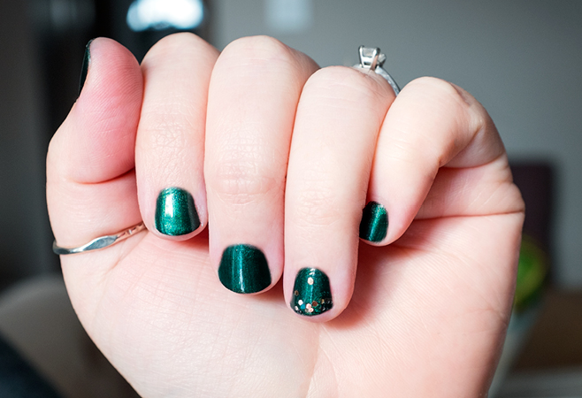 holidaynails_storyimages